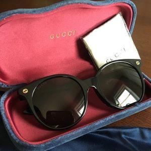 NEW IN BOX Gucci Sunglasses